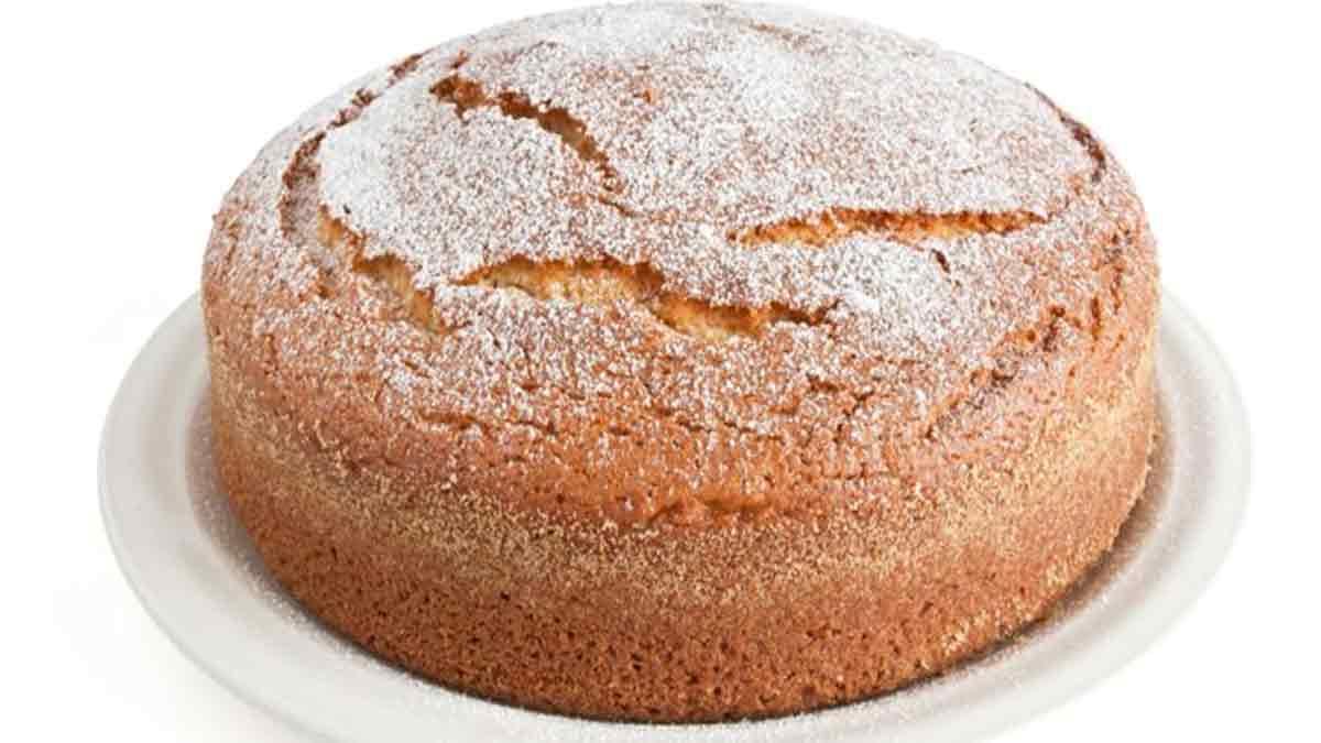 Gâteau moelleux au yaourt et aux pépites de chocolat blanc