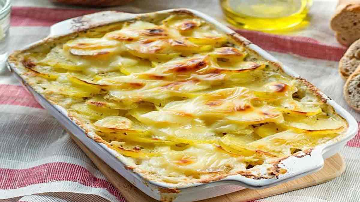 Irrésistible gratin de panais-pommes de terre sur lit de lardons