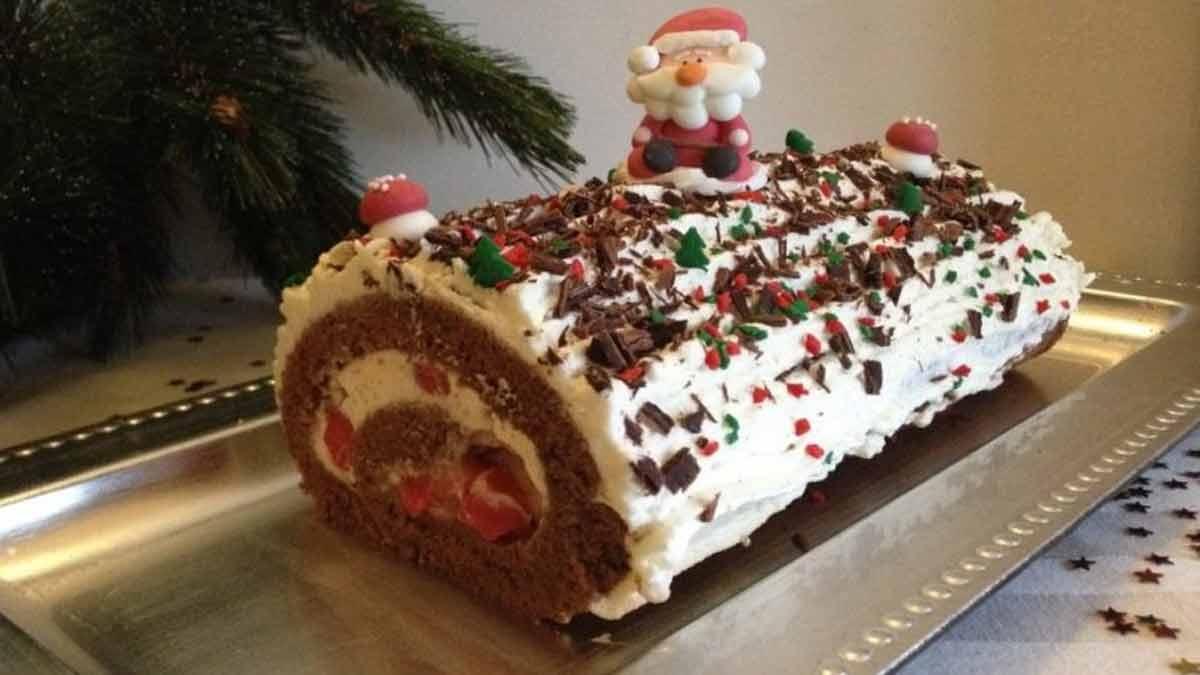 Magnifique gâteau roulé forêt-noire à tomber