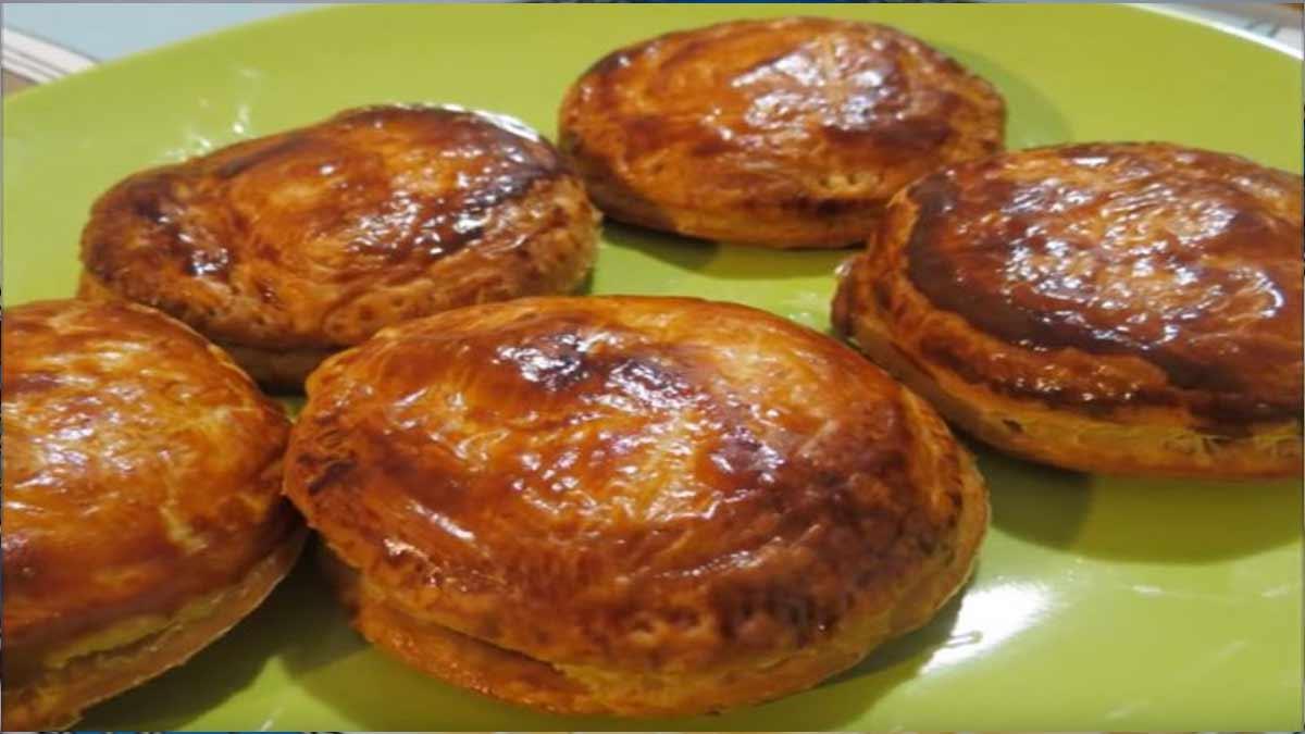 chausson au foie gras et confit oignon