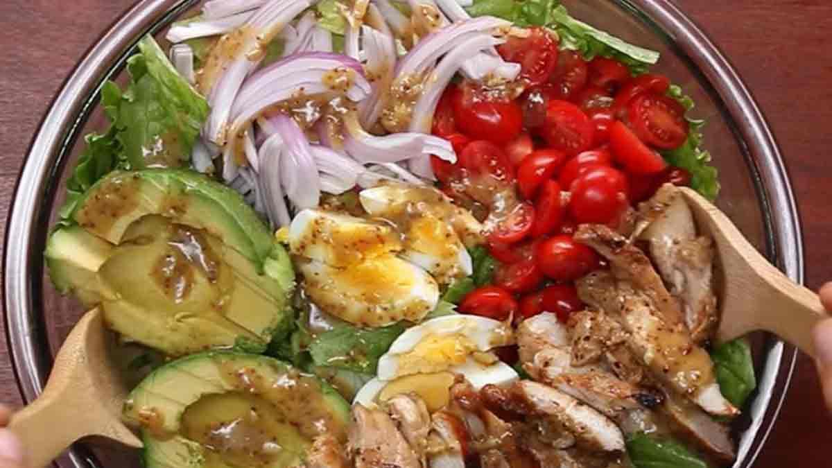 salade gourmade avocat-bacon-poulet