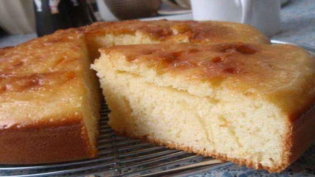 Appétissant gâteau à la crème fraîche