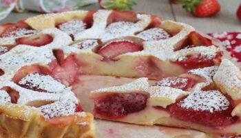 Doux clafoutis léger aux fraises