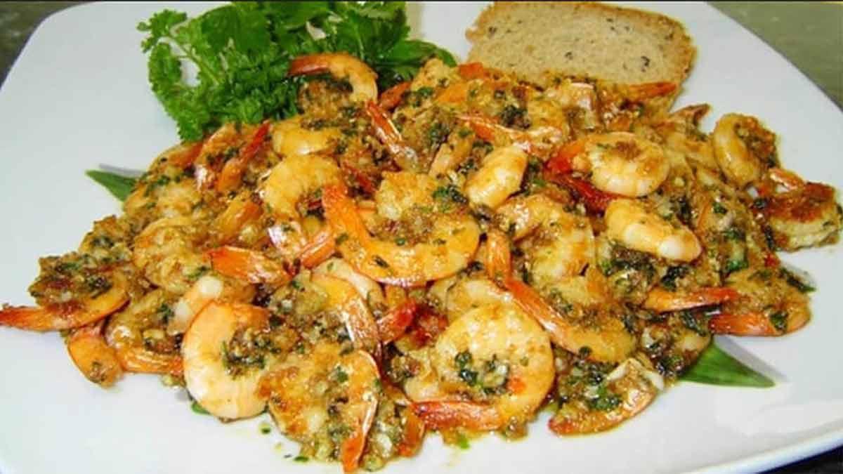 Savoureuses crevettes avec ail