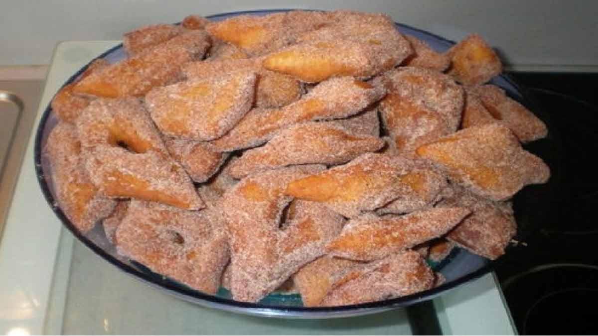 Traditionnels beignets de carnavals alsaciens ou Késala
