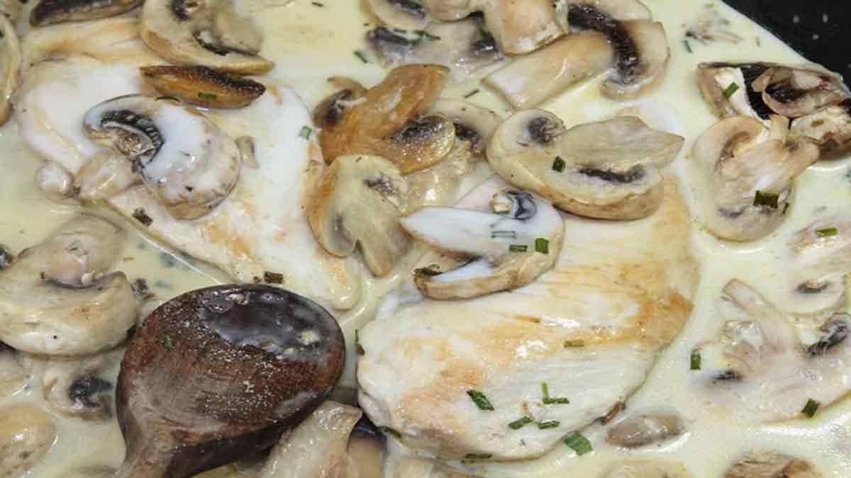 escalopes de veau à la crème aux champignons