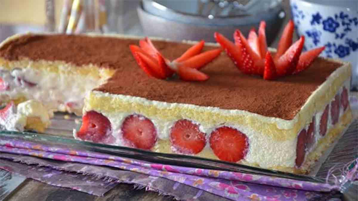gâteau tiramisu aux fraises