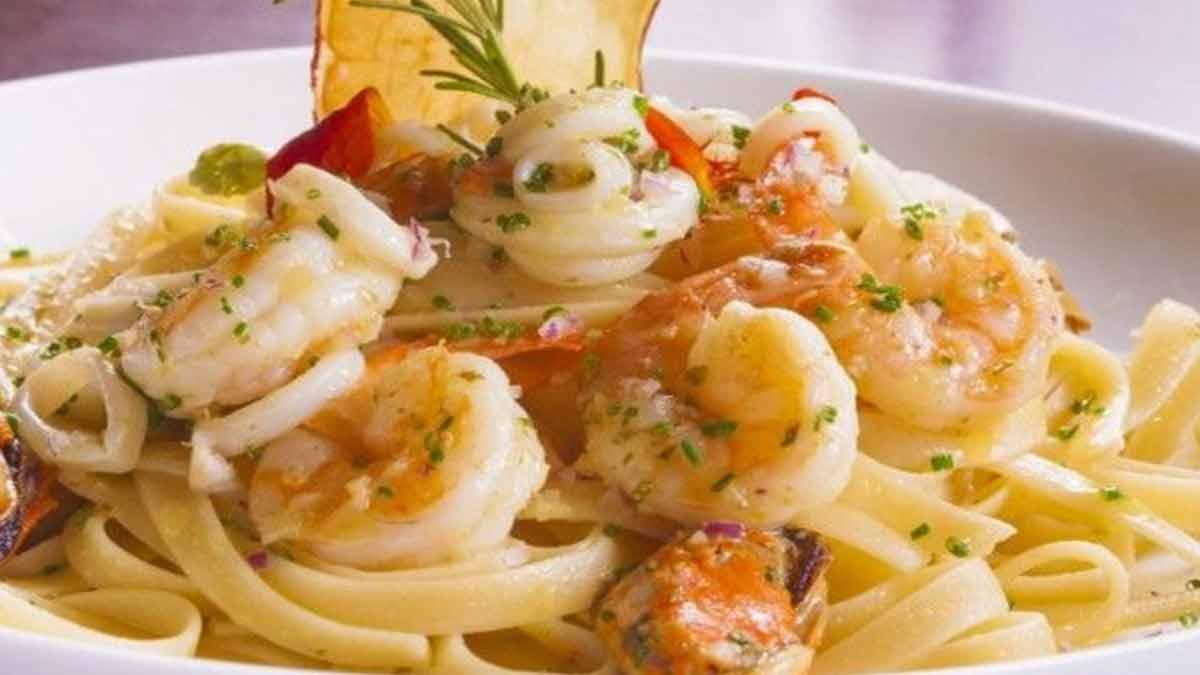 sublime Fettucine aux crevettes et sauce crémeuse aux ails