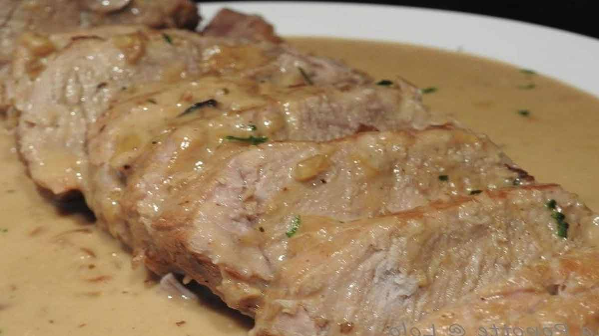 succulent rôti de porc sauce au camembert
