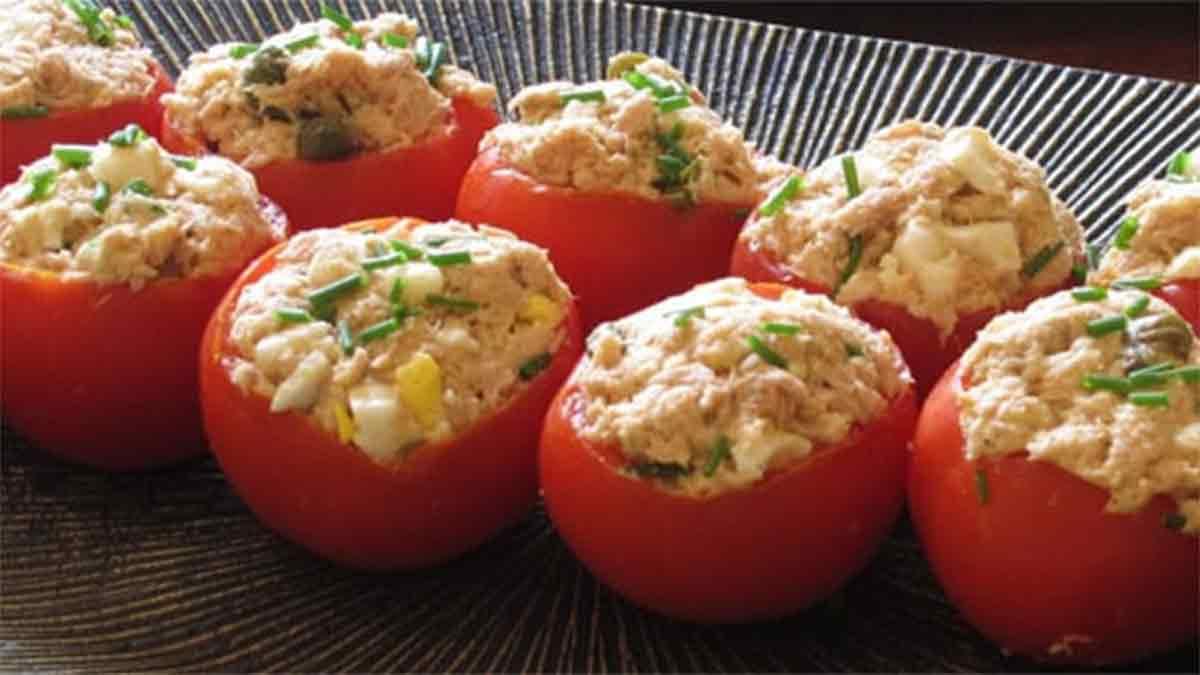 délicieuses tomates farcies à la mousse de thon