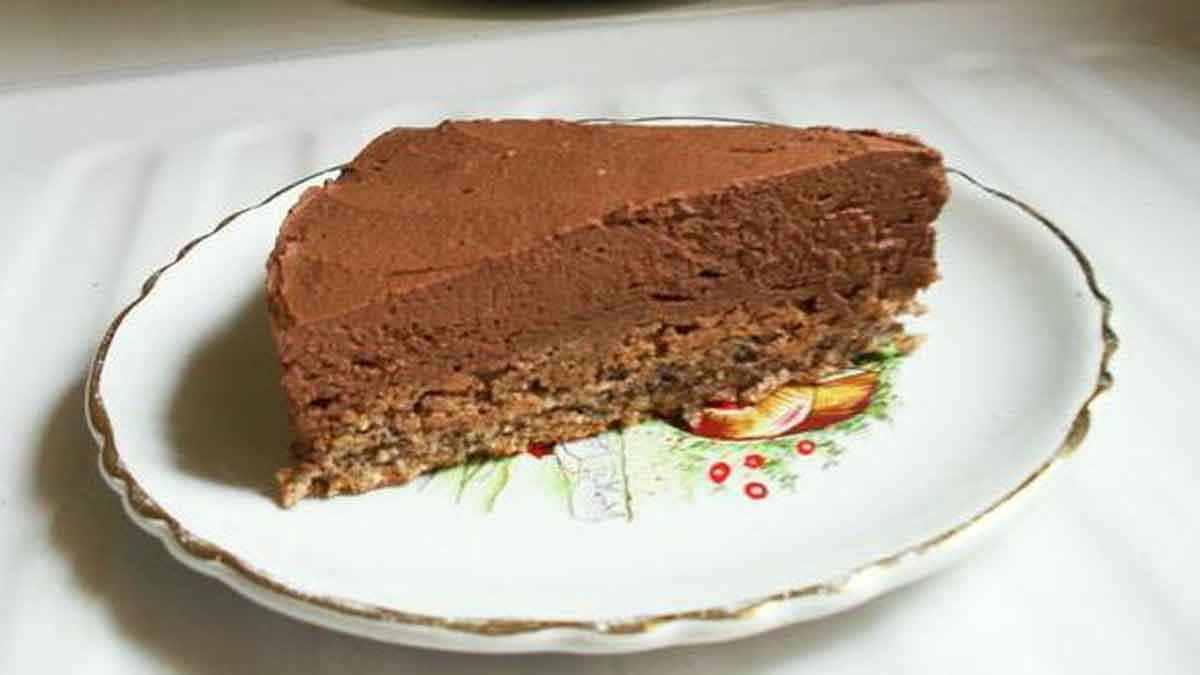 trois chocolats sur croustillant pralinoise