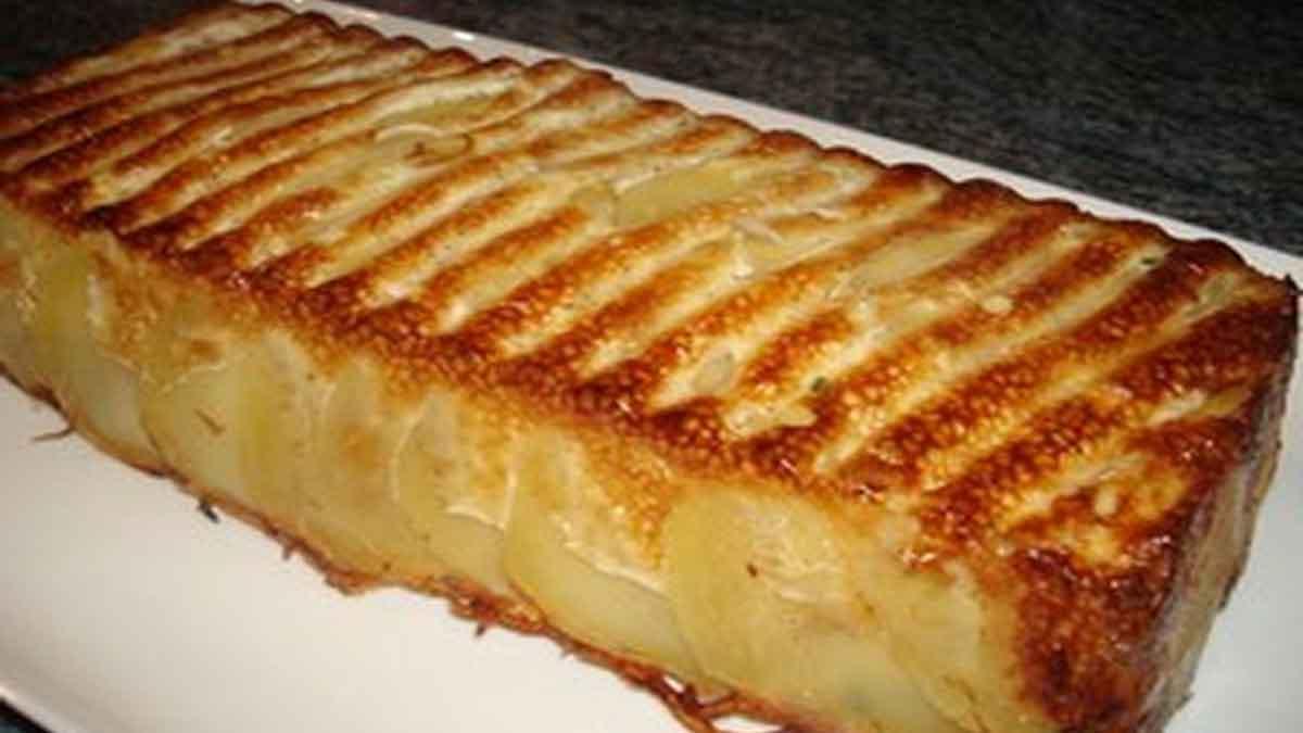 Appétissante tarte de pommes de terre à la crème