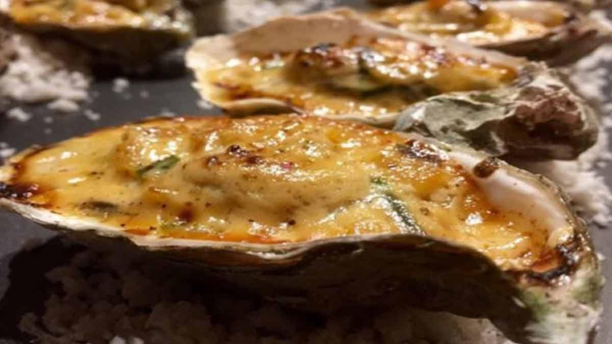 Authentiques huîtres à la crème fraîche normande