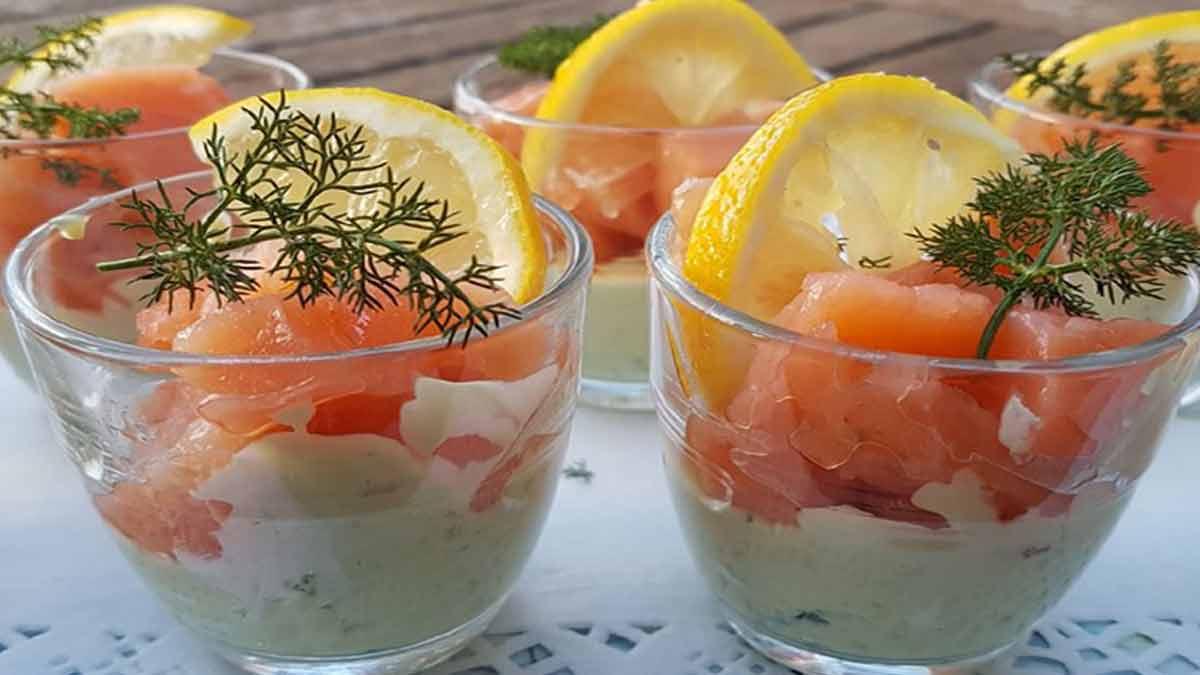 Délicates verrines de guacamole au saumon