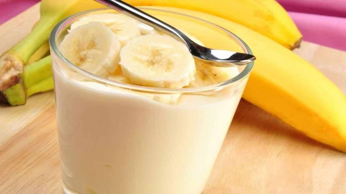 Exquise glace à la banane irrésistiblement délicieuse