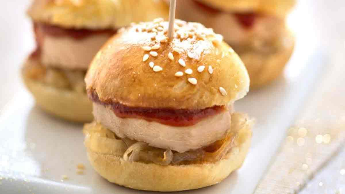 Mini-burgers maison au foie gras