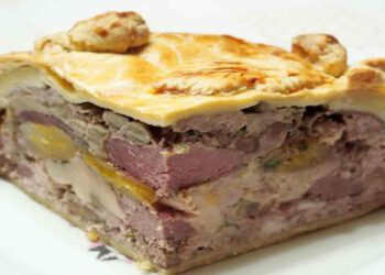 Tourte au foie gras et magret de canard