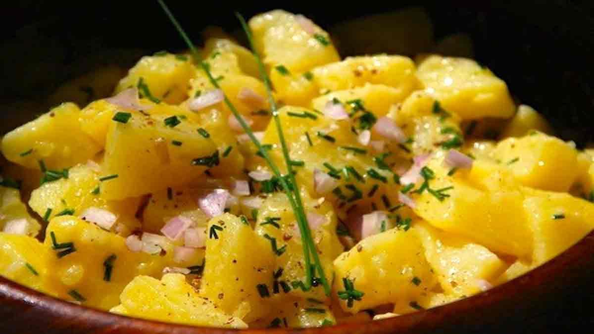 Onctueuse salade de pommes de terre à la vinaigrette