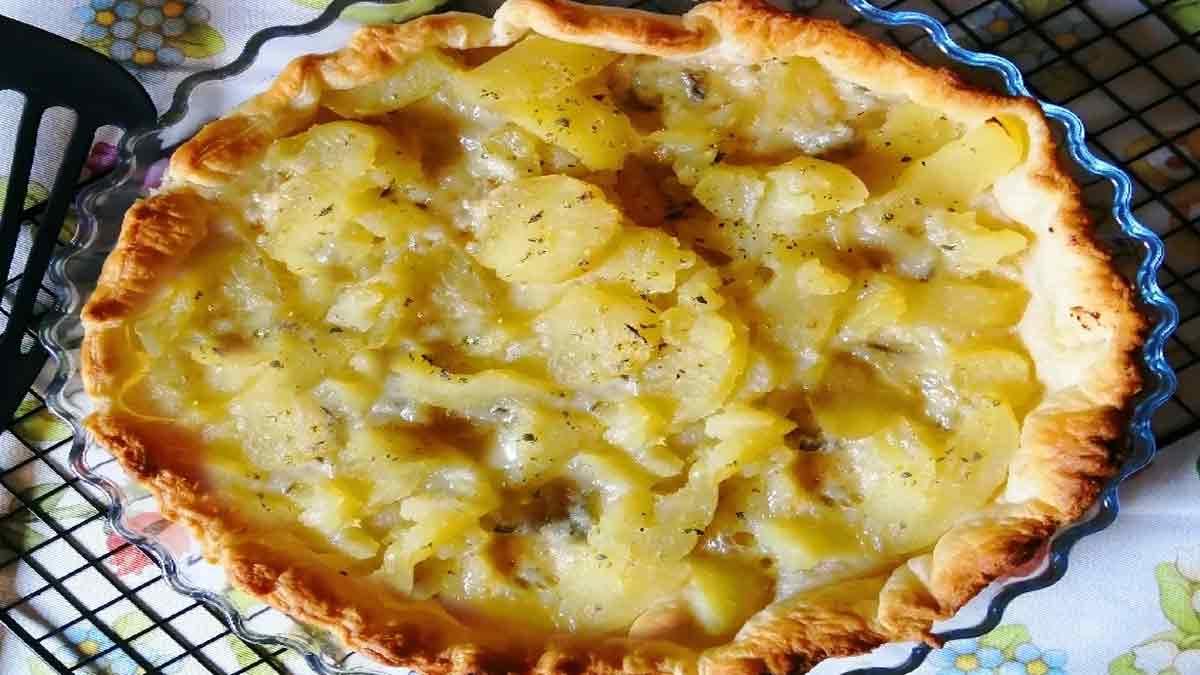 tarte feuilletée aux pommes de terre