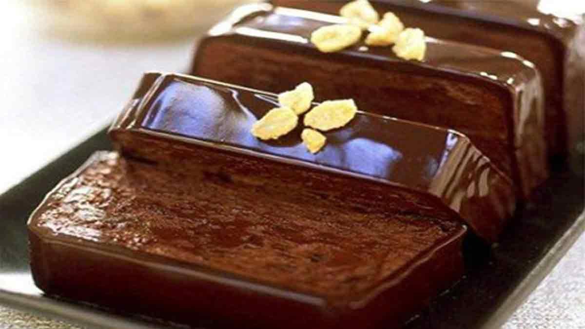 Alléchante terrine au chocolat et beurre de cacahuète