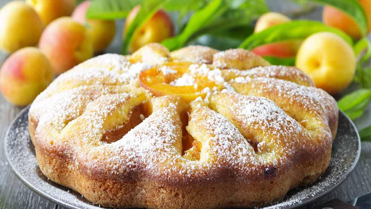 Gâteau aux amandes-noisettes-fruits de saison