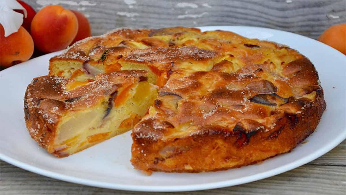 Gâteau super moelleux aux fruits estivaux