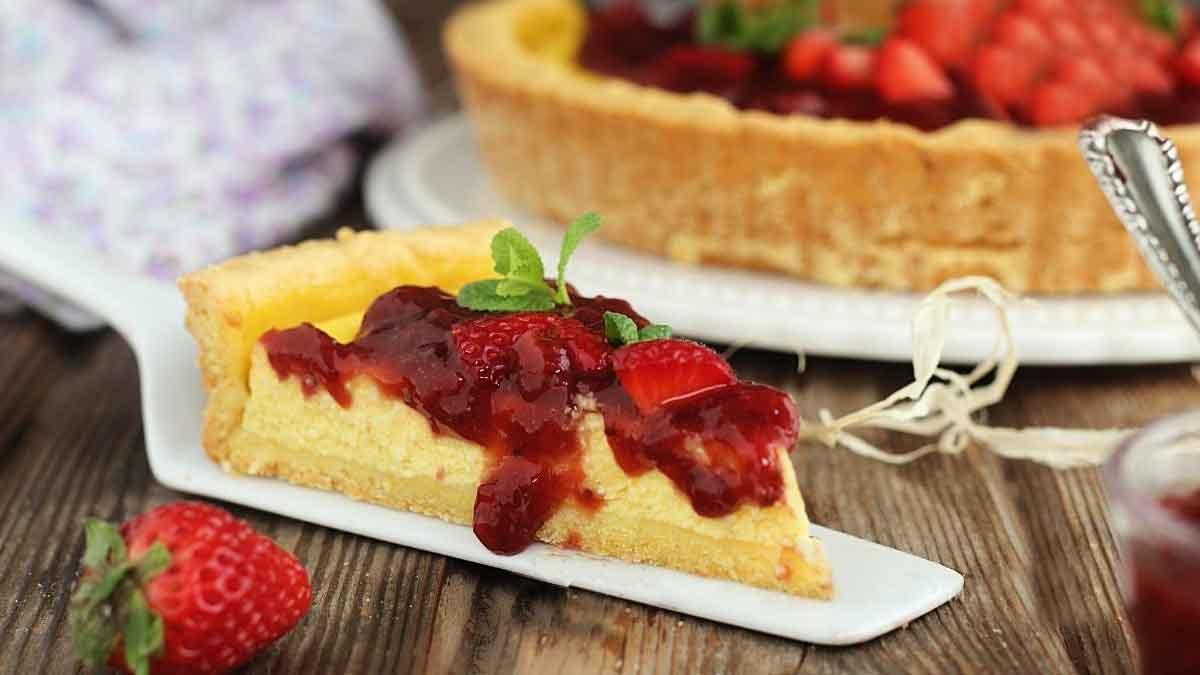 tarte au yaourt à la ricotta et compote de fraise