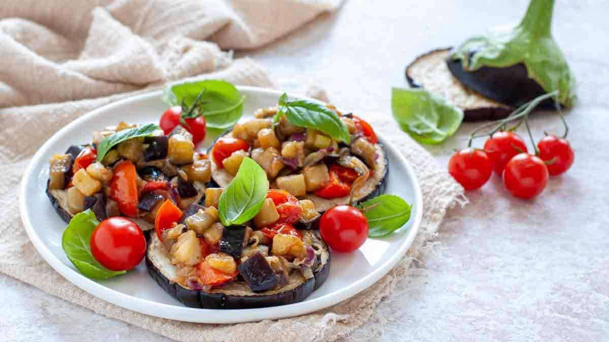 aubergines aux tomates et basilic