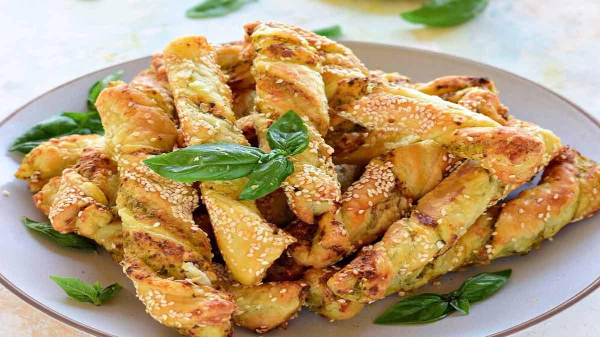 pâtes feuilletées torsadées au pesto