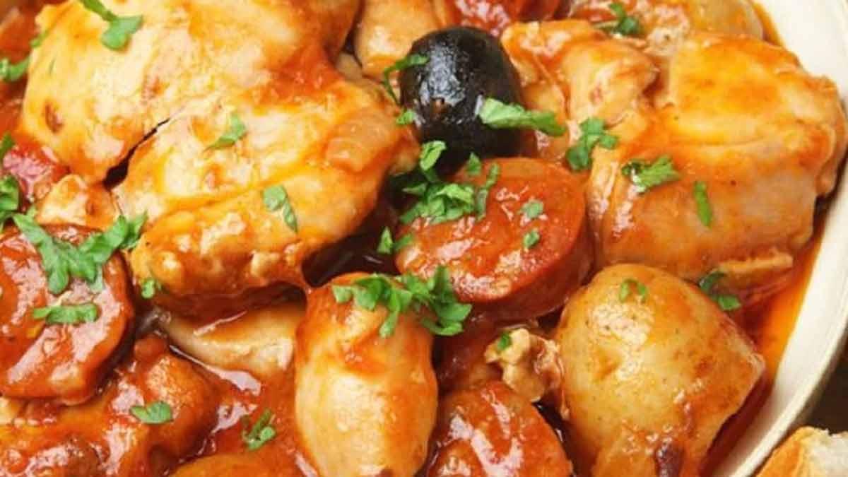 poulet sauté au chorizo-olives et tomates