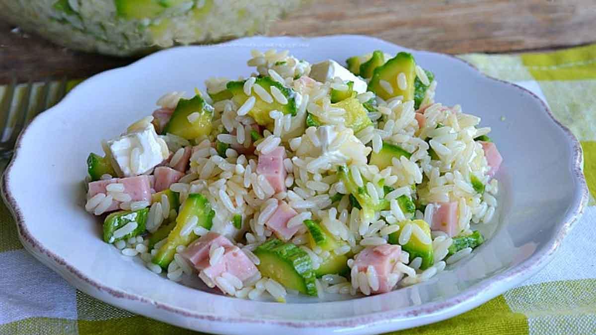Salade de riz aux courgettes-jambon