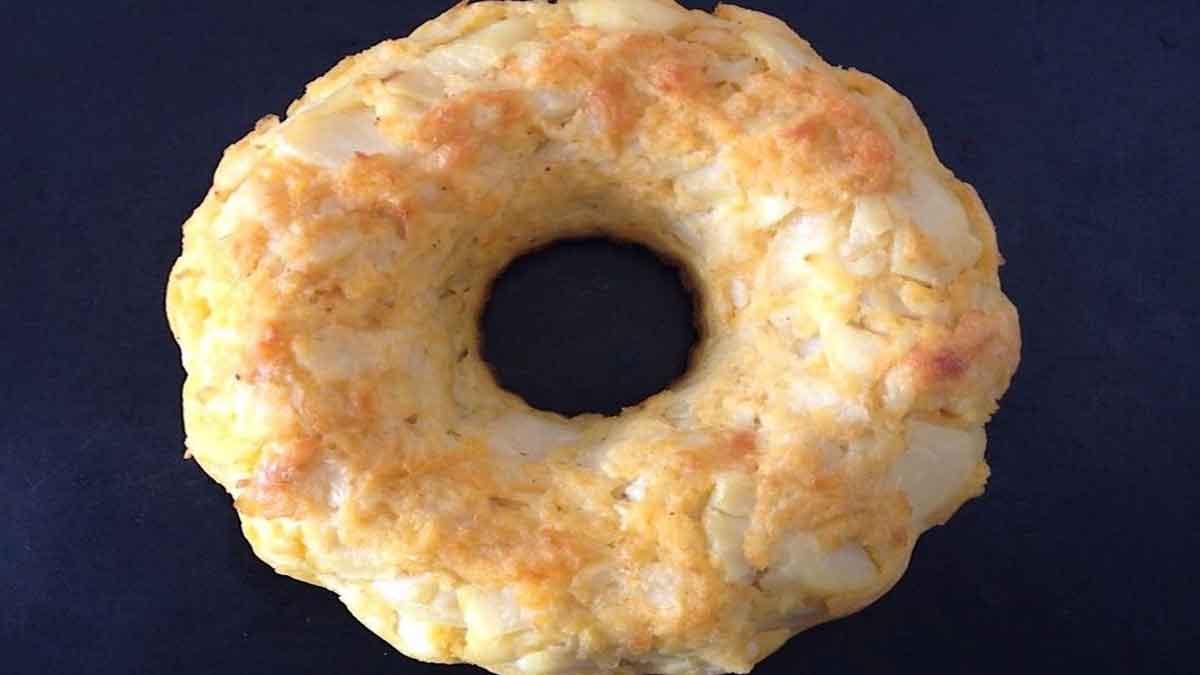 couronne de pommes de terre et fromage