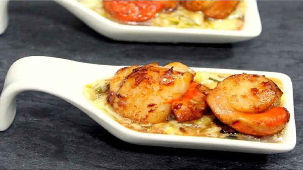 Saint-Jacques et fondue de poireaux