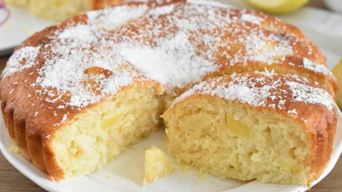 Gâteau aux pommes et à la noix de coco