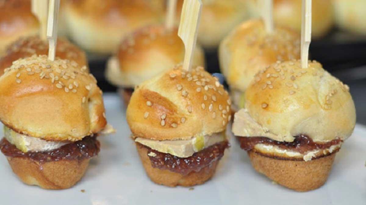Mini burgers à la confiture de figues et au foie gras