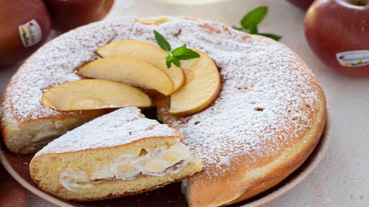 Pancake géant farci aux pommes et à la ricotta