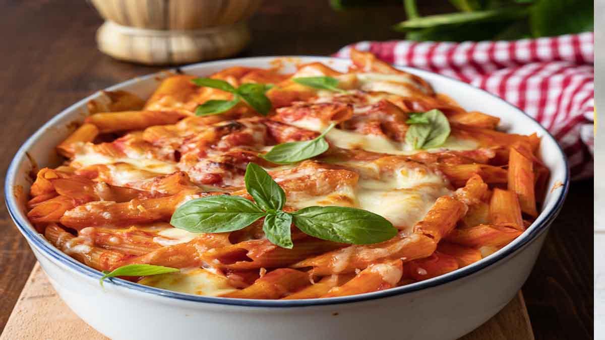 Pâtes au four à la mozzarella et tomate